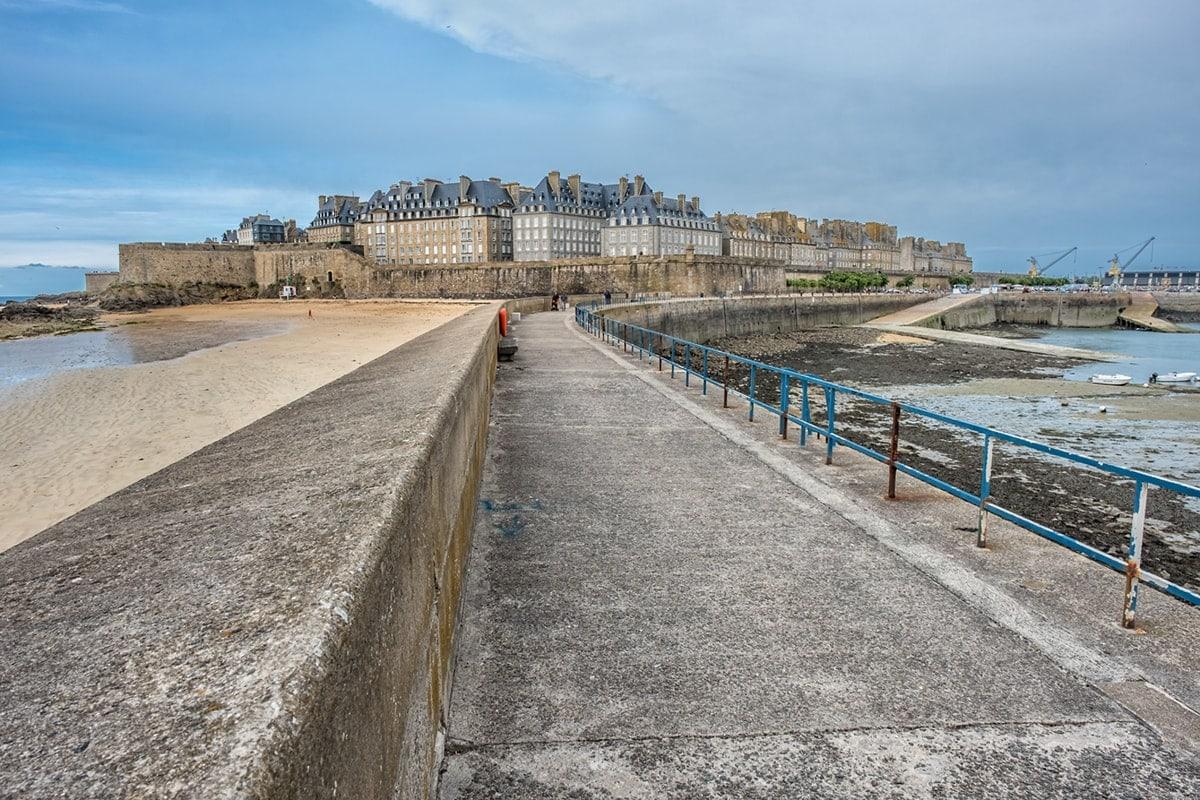 Ein Streifzug um und durch Saint-Malo in der Bretagne