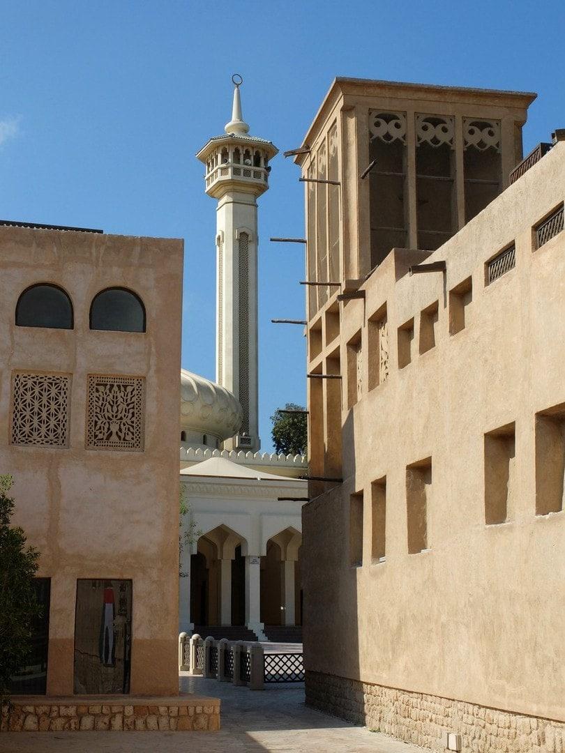 In der AlFahidi historical neighborhood