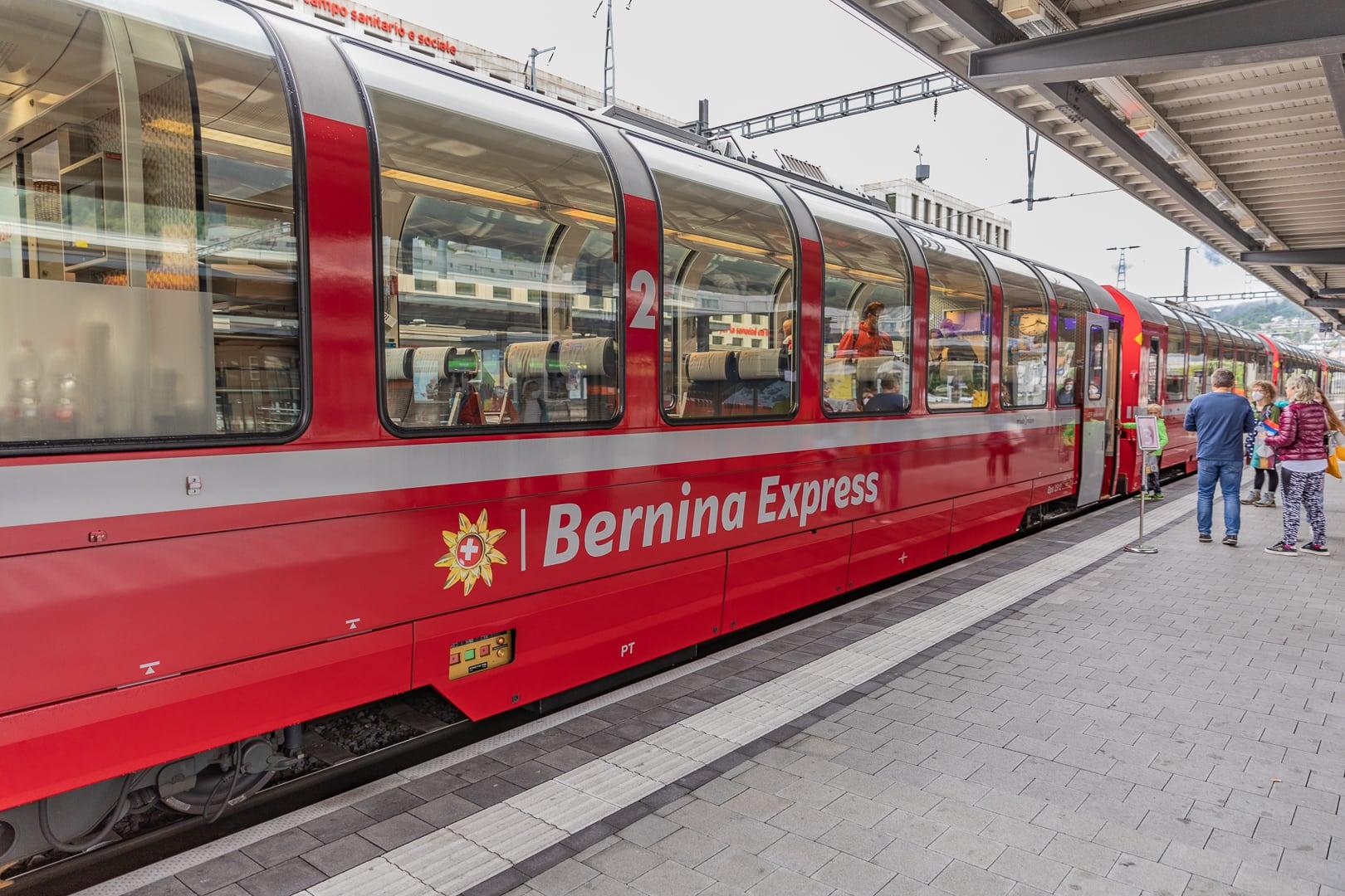 Der Berninaexpress startet in Chur
